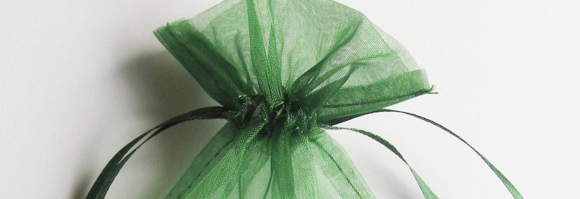 Organzabeutel dunkelgrün 15x10cm