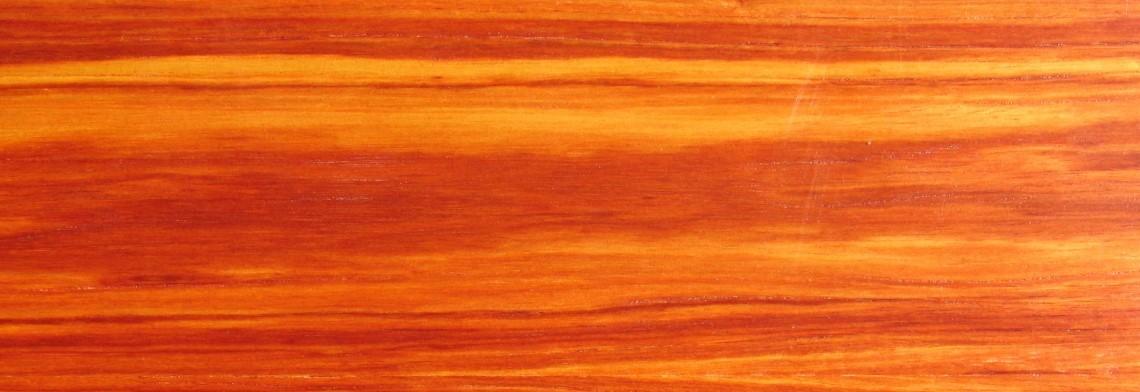 Rosenholzöl, naturidentisch